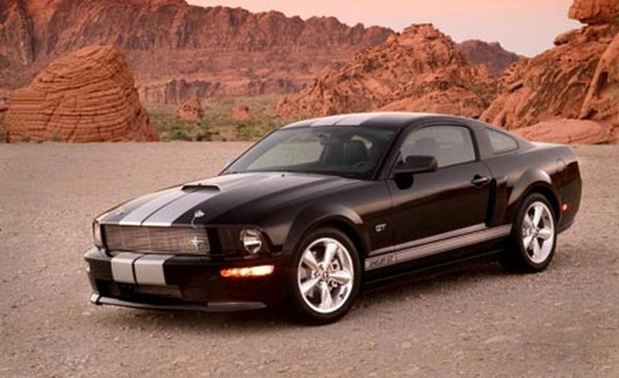 2007 Ford Mustang Shelby GT - Slide 1