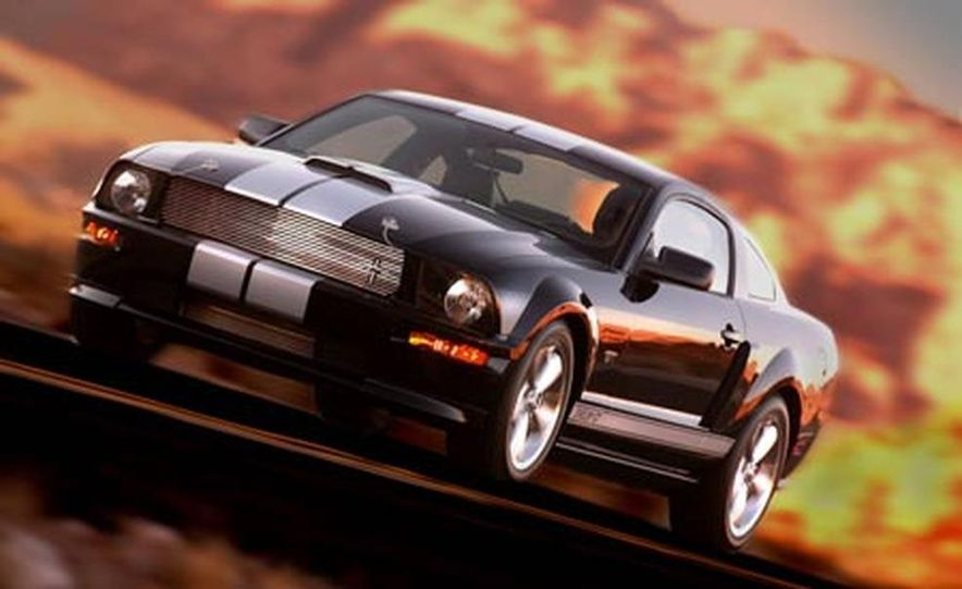 2007 Ford Mustang Shelby GT - Slide 4