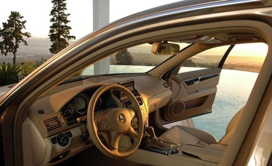 2008 Mercedes-Benz C350 Sport - Slide 15