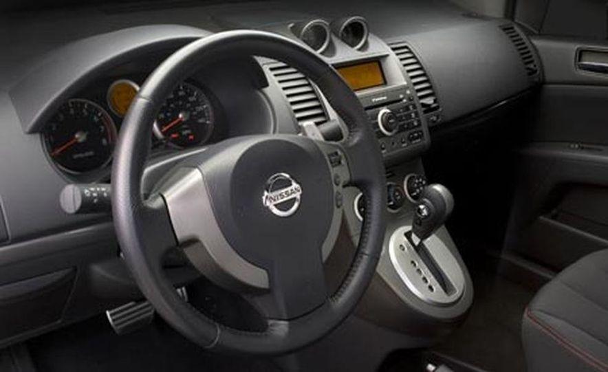 2007 Nissan Sentra SE-R - Slide 7