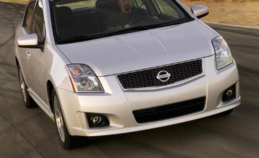 2007 Nissan Sentra SE-R - Slide 3