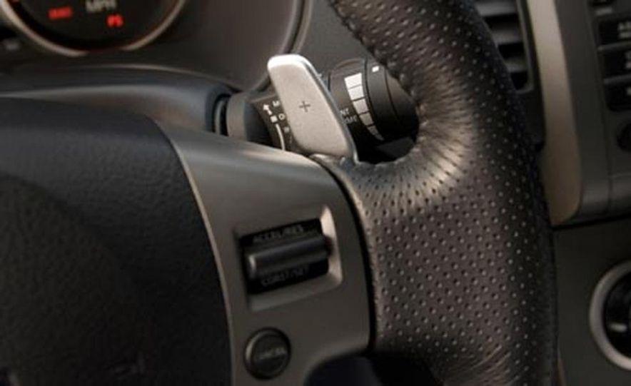2007 Nissan Sentra SE-R - Slide 23