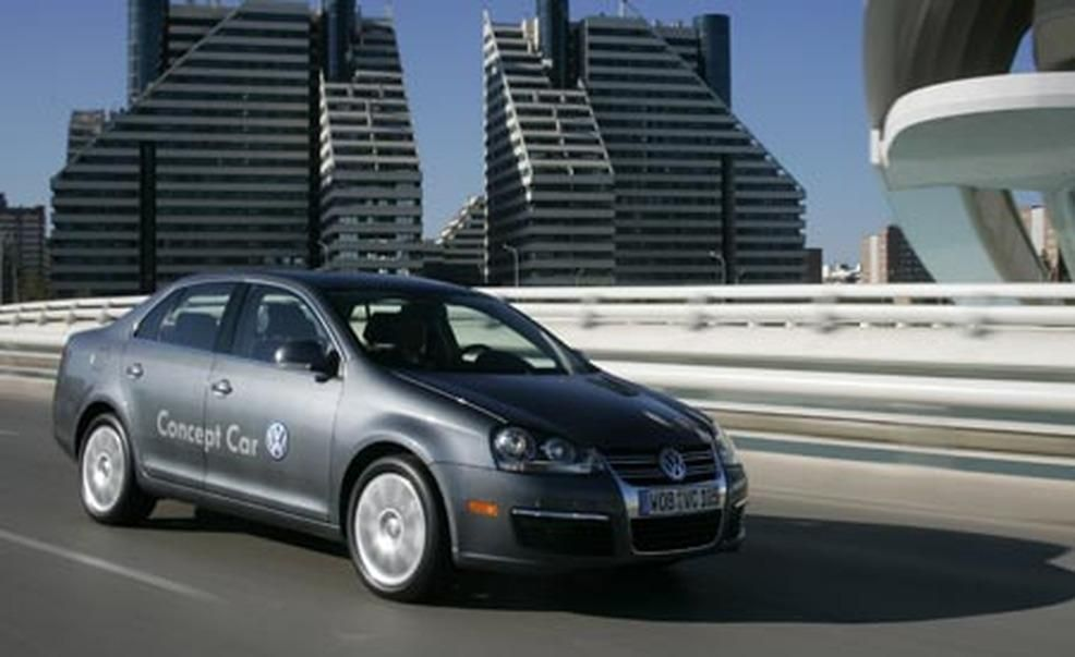 2008 volkswagen jetta tdi pictures | photo gallery | car and driver