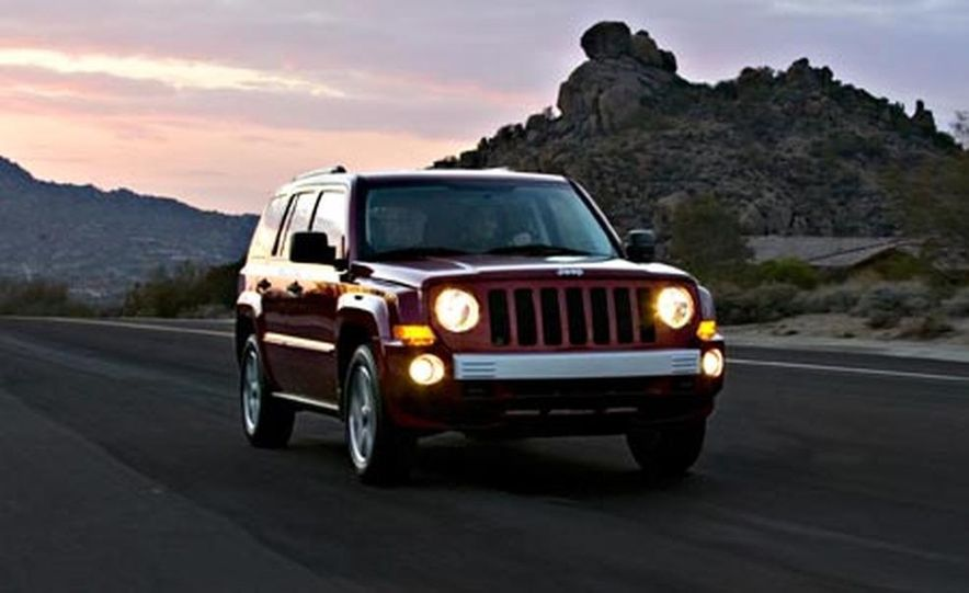 2007 Jeep Patriot - Slide 2