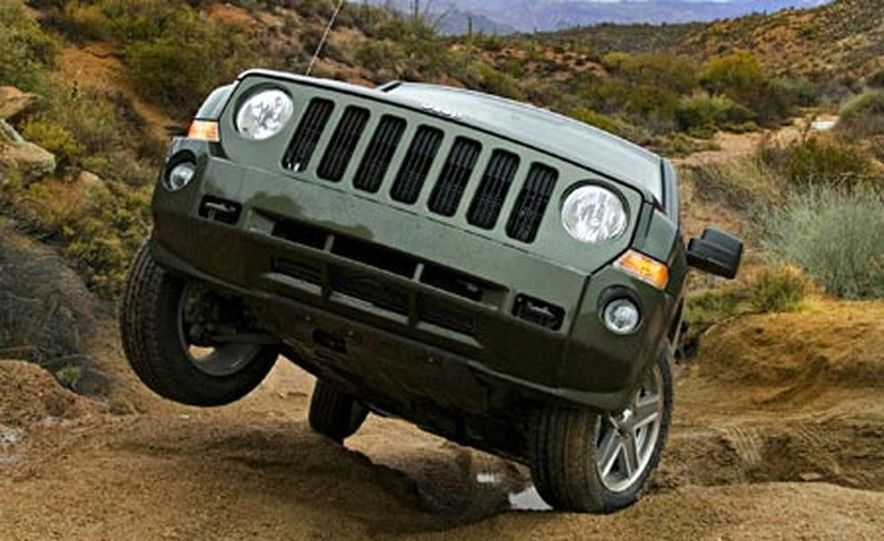 2007 Jeep Patriot - Slide 3