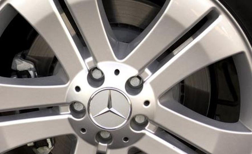 2007 Mercedes-Benz GL450 - Slide 8