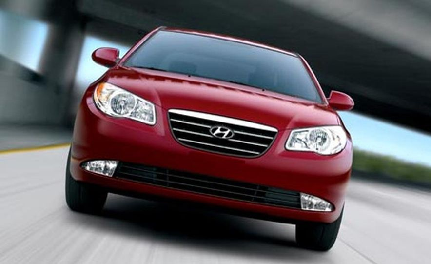 2007 Hyundai Elantra - Slide 4