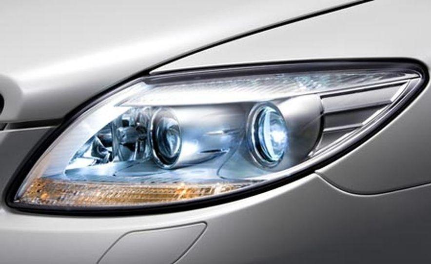2007 Mercedes-Benz CL-class headlight - Slide 1