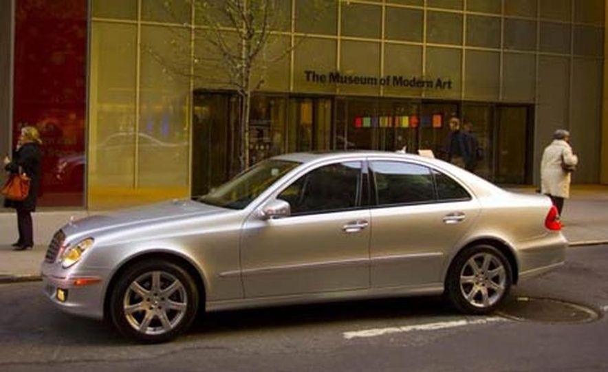 2007 Mercedes-Benz E-class interior - Slide 6