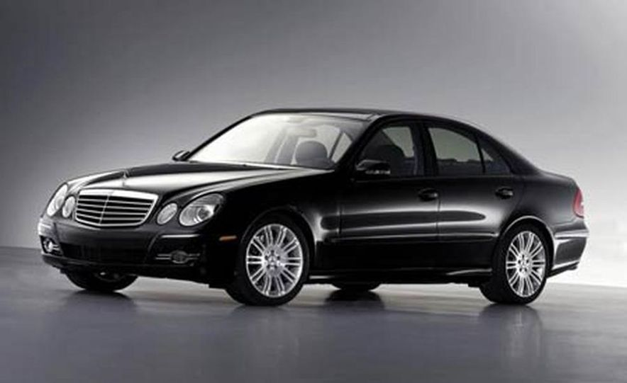 2007 Mercedes-Benz E-class interior - Slide 10