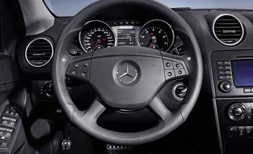 2007 Mercedes-Benz ML63 AMG - Slide 23