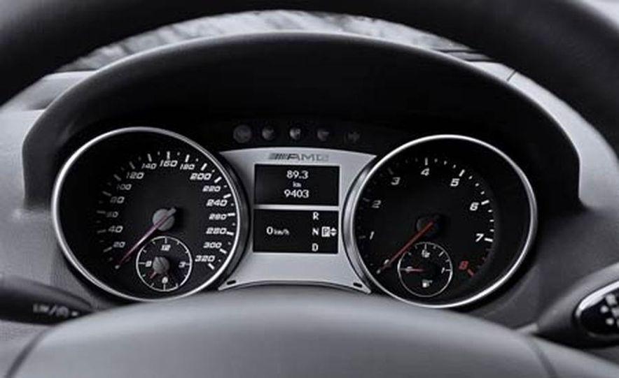 2007 Mercedes-Benz ML63 AMG - Slide 24
