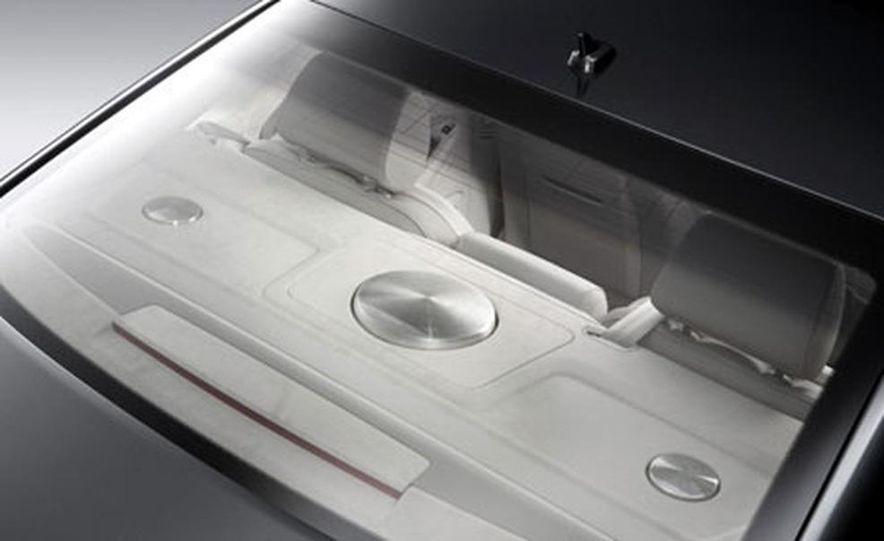 2007 Audi S8 - Slide 6