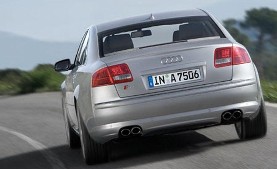 2007 Audi S8 - Slide 9
