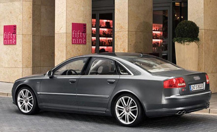 2007 Audi S8 - Slide 16