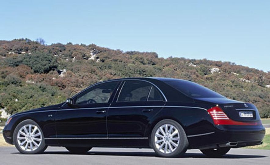 2007 Maybach 57S - Slide 13