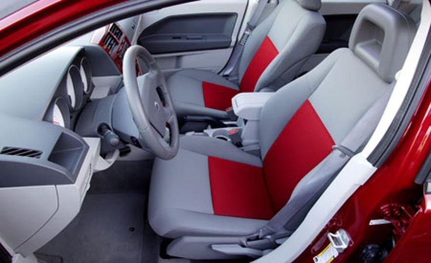 2007 Dodge Caliber - Slide 5