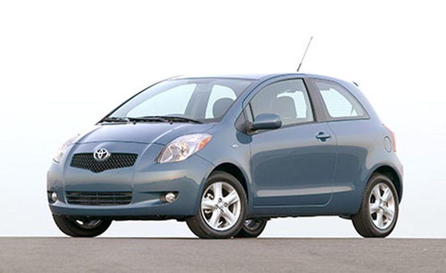 2007 Toyota Yaris - Slide 1