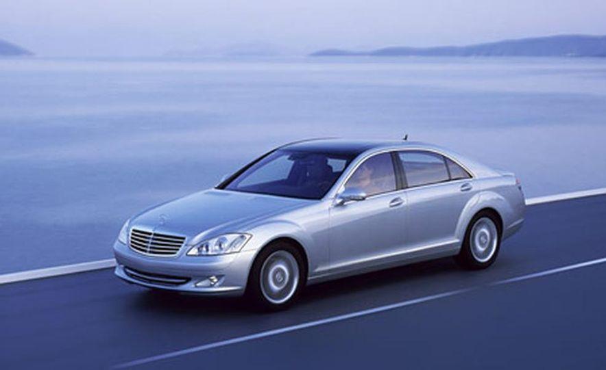 Mercedes-Benz S-CLass - Slide 1