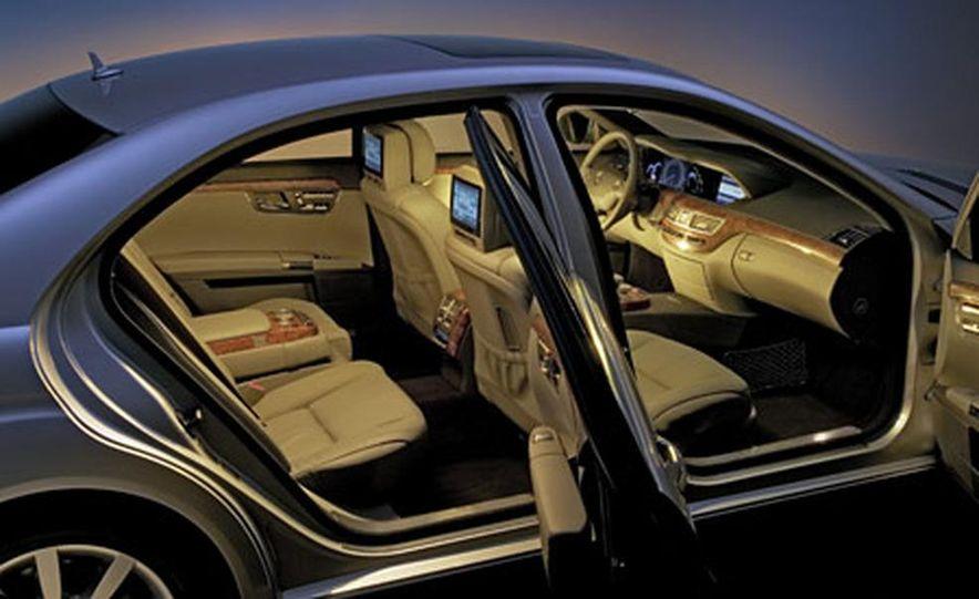 Mercedes-Benz S-CLass - Slide 7