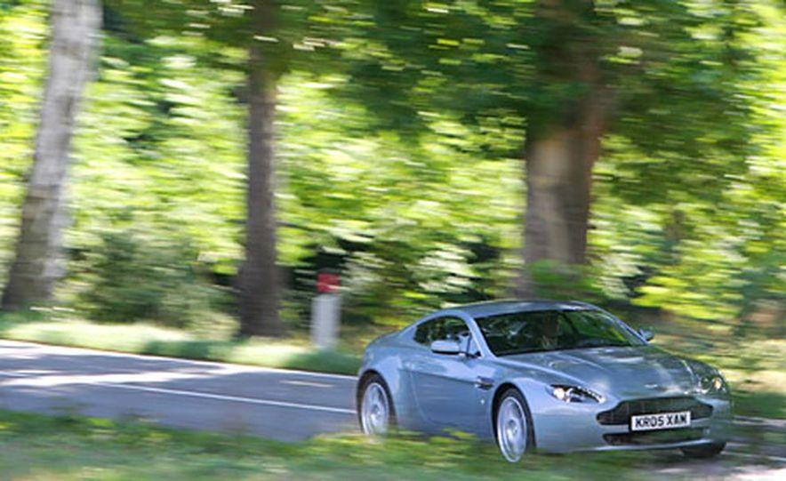 Aston Martin V-8 Vantage - Slide 6