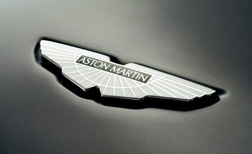 Aston Martin V-8 Vantage - Slide 18