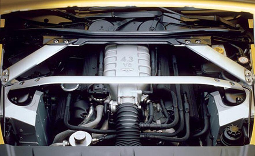 Aston Martin V-8 Vantage - Slide 20