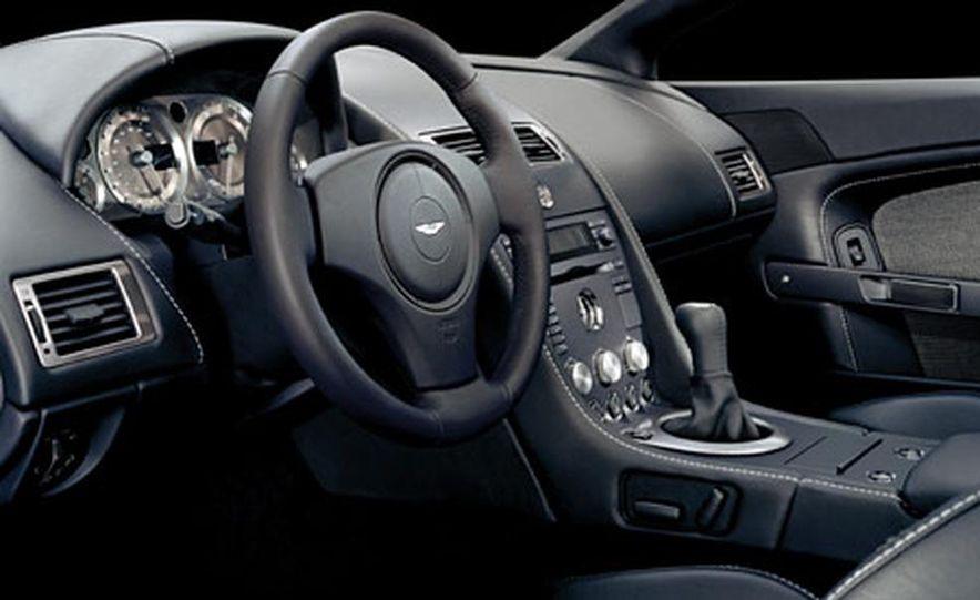 Aston Martin V-8 Vantage - Slide 21