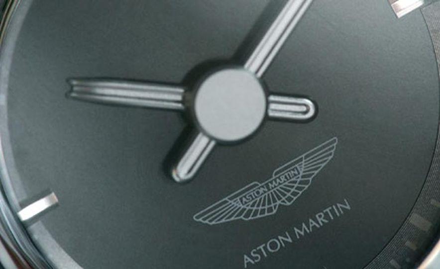 Aston Martin V-8 Vantage - Slide 25