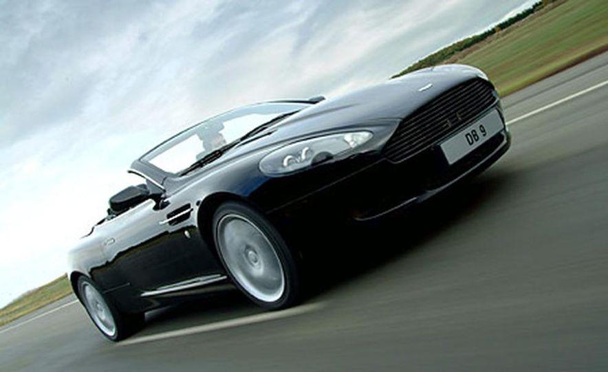 Aston Martin DB9 Volante - Slide 1