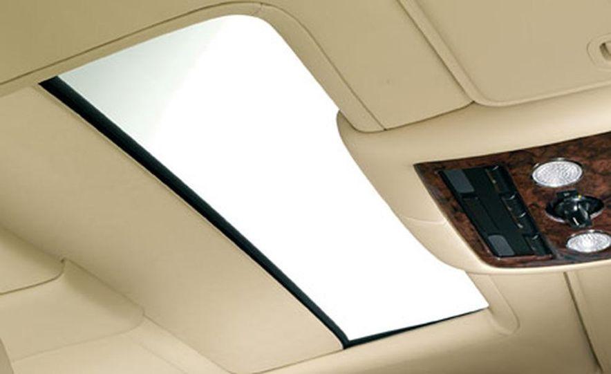 Bentley Continental Flying Spur - Slide 9