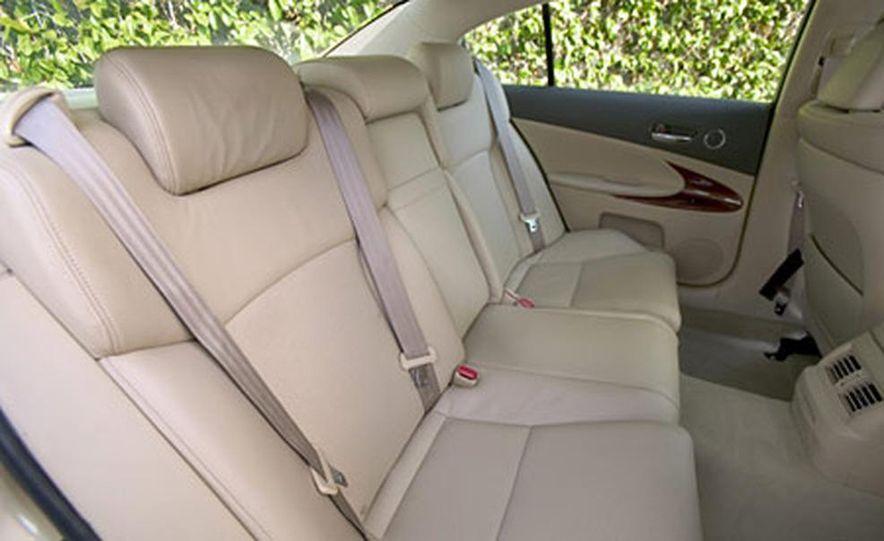 2006 Lexus GS300 - Slide 8