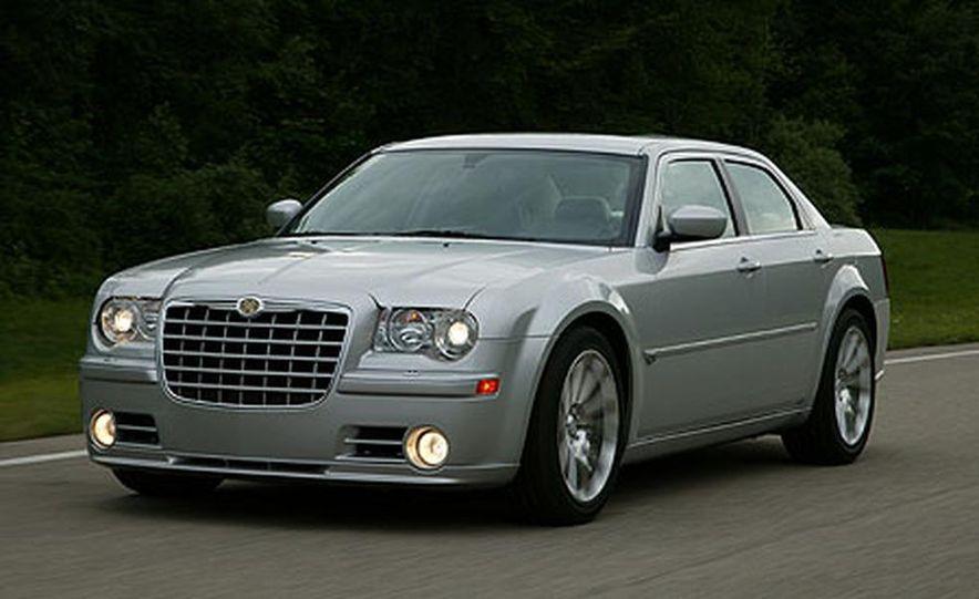 Chrysler 300C SRT-8 - Slide 1