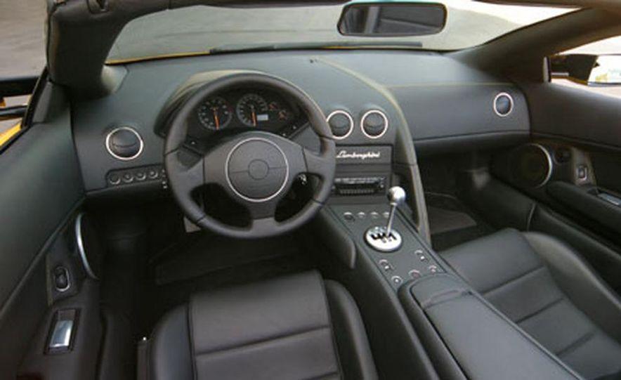 Lamborghini Murciélago Roadster - Slide 28