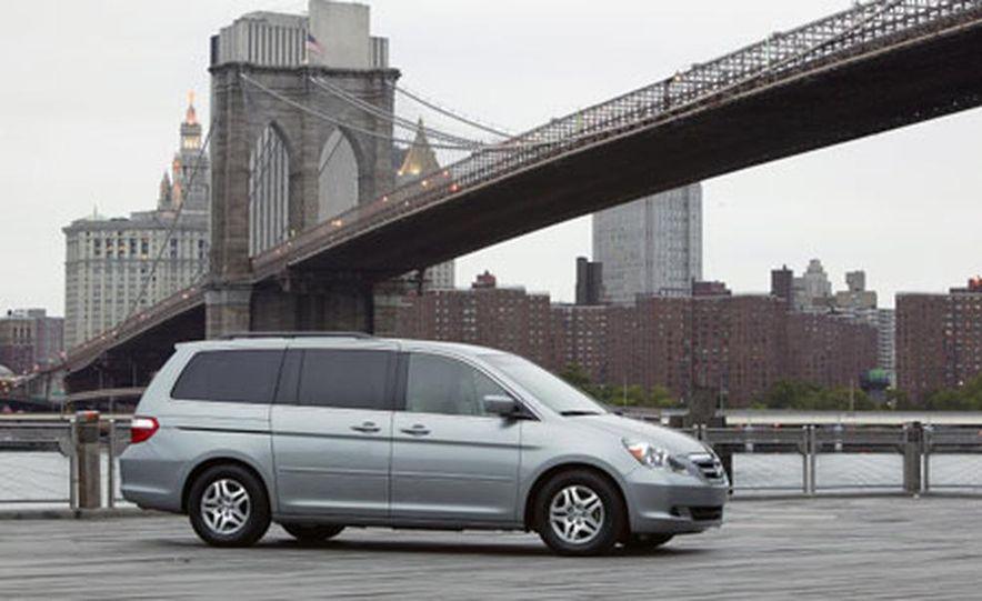 Honda Odyssey - Slide 7