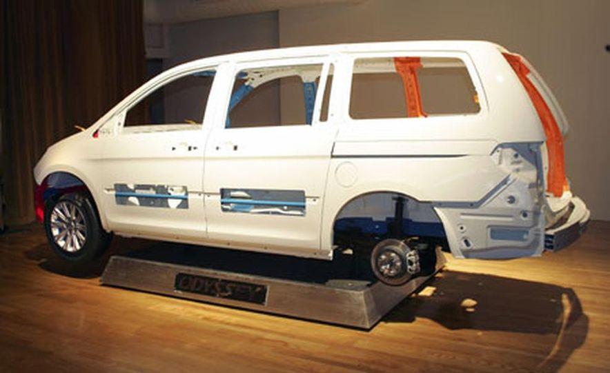 Honda Odyssey - Slide 21