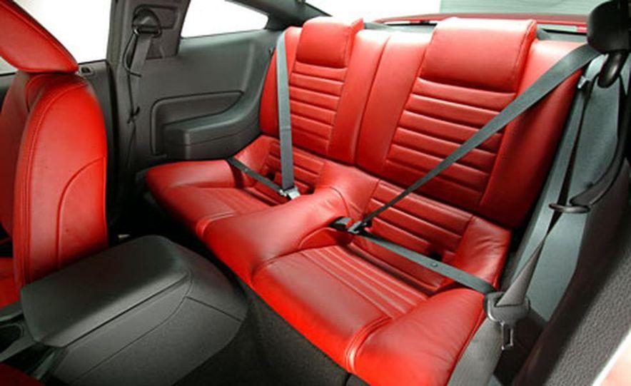 2005 Ford Mustang - Slide 10