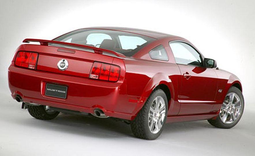 2005 Ford Mustang - Slide 26