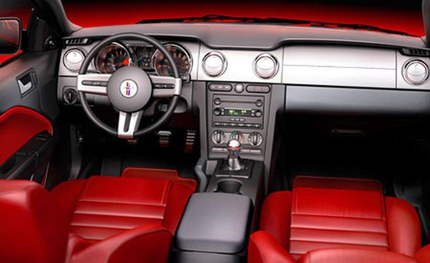 2005 Ford Mustang - Slide 28