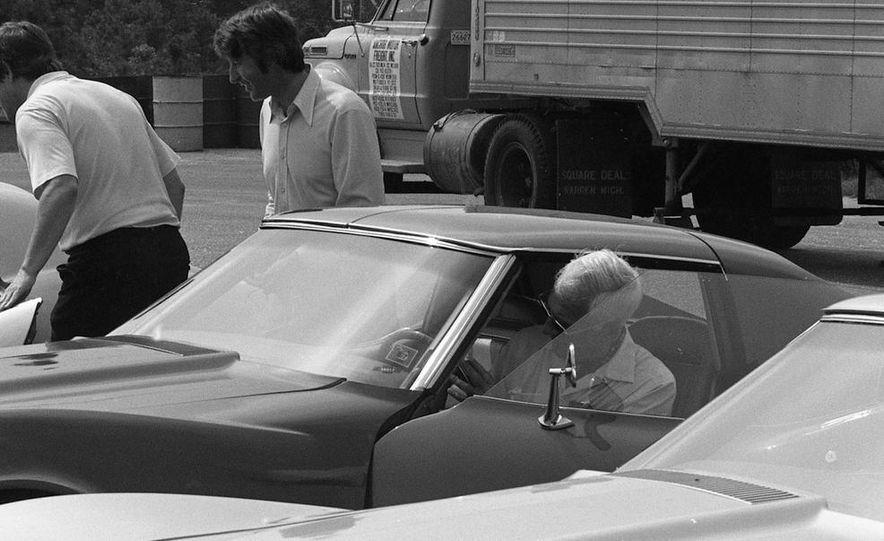 1973 Chevrolet Corvettes - Slide 2