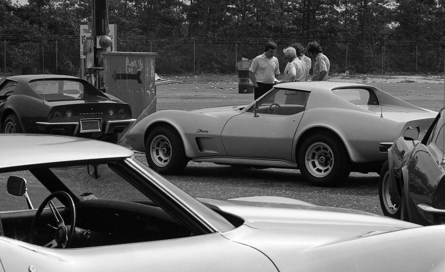 1973 Chevrolet Corvettes - Slide 8