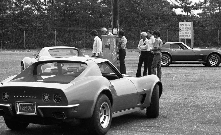 1973 Chevrolet Corvettes - Slide 11