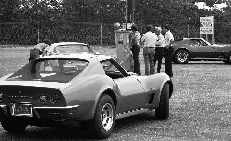 1973 Chevrolet Corvettes - Slide 12