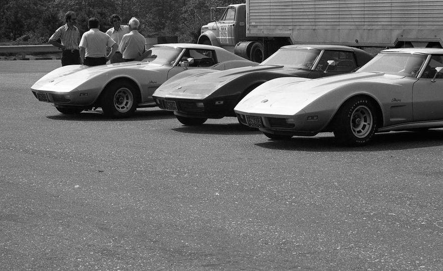 1973 Chevrolet Corvettes - Slide 19