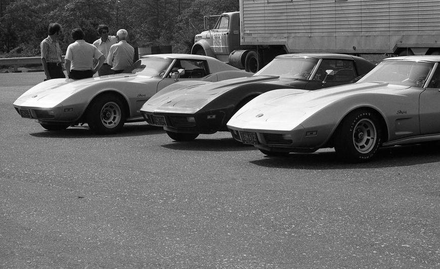 1973 Chevrolet Corvettes - Slide 20
