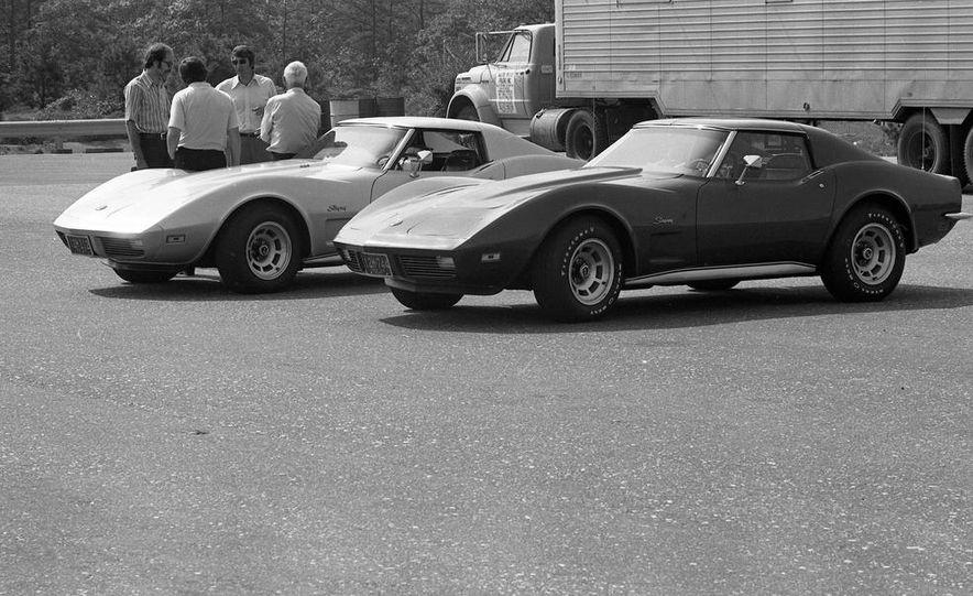 1973 Chevrolet Corvettes - Slide 21