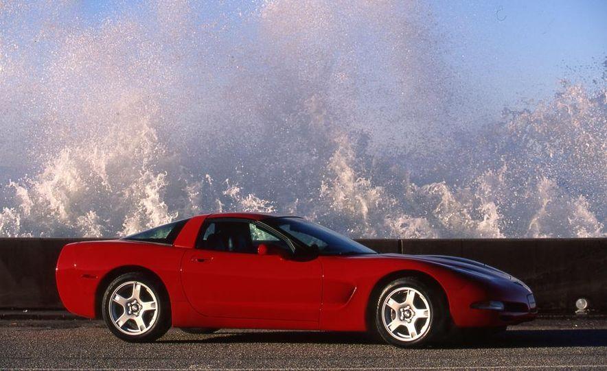1997 Chevrolet Corvette - Slide 3