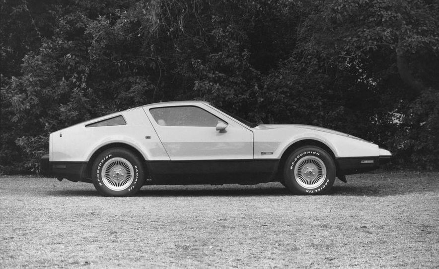 Bricklin SV-1 and Chevrolet Corvette Stingray - Slide 6