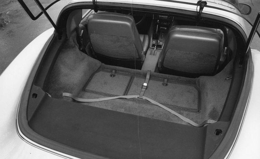 1962 Corvette roadster - Slide 13