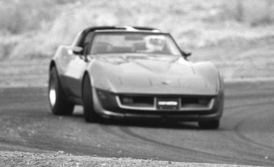 1962 Corvette roadster - Slide 8